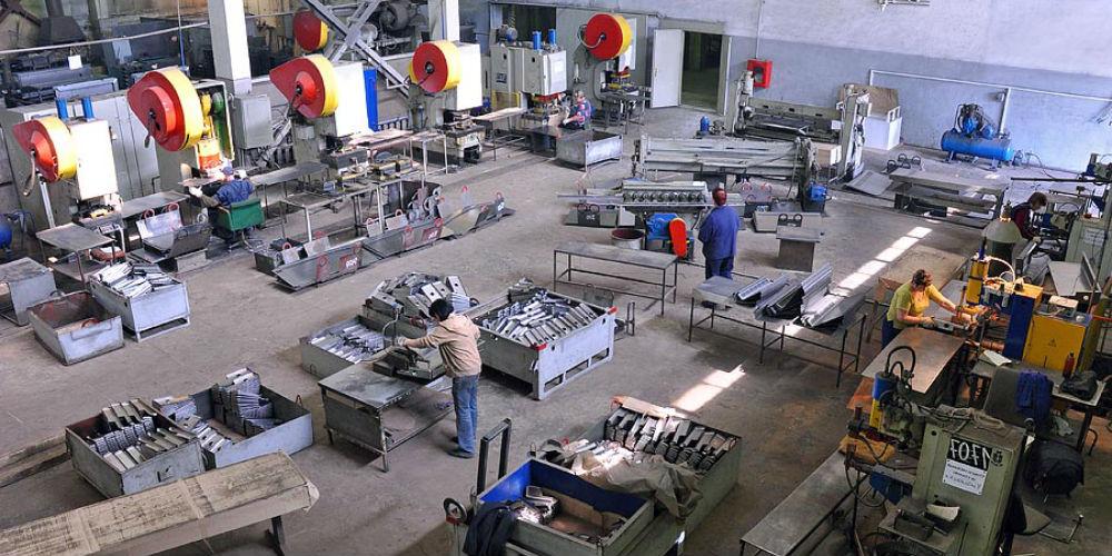 Видеонаблюдение на предприятии (заводе)